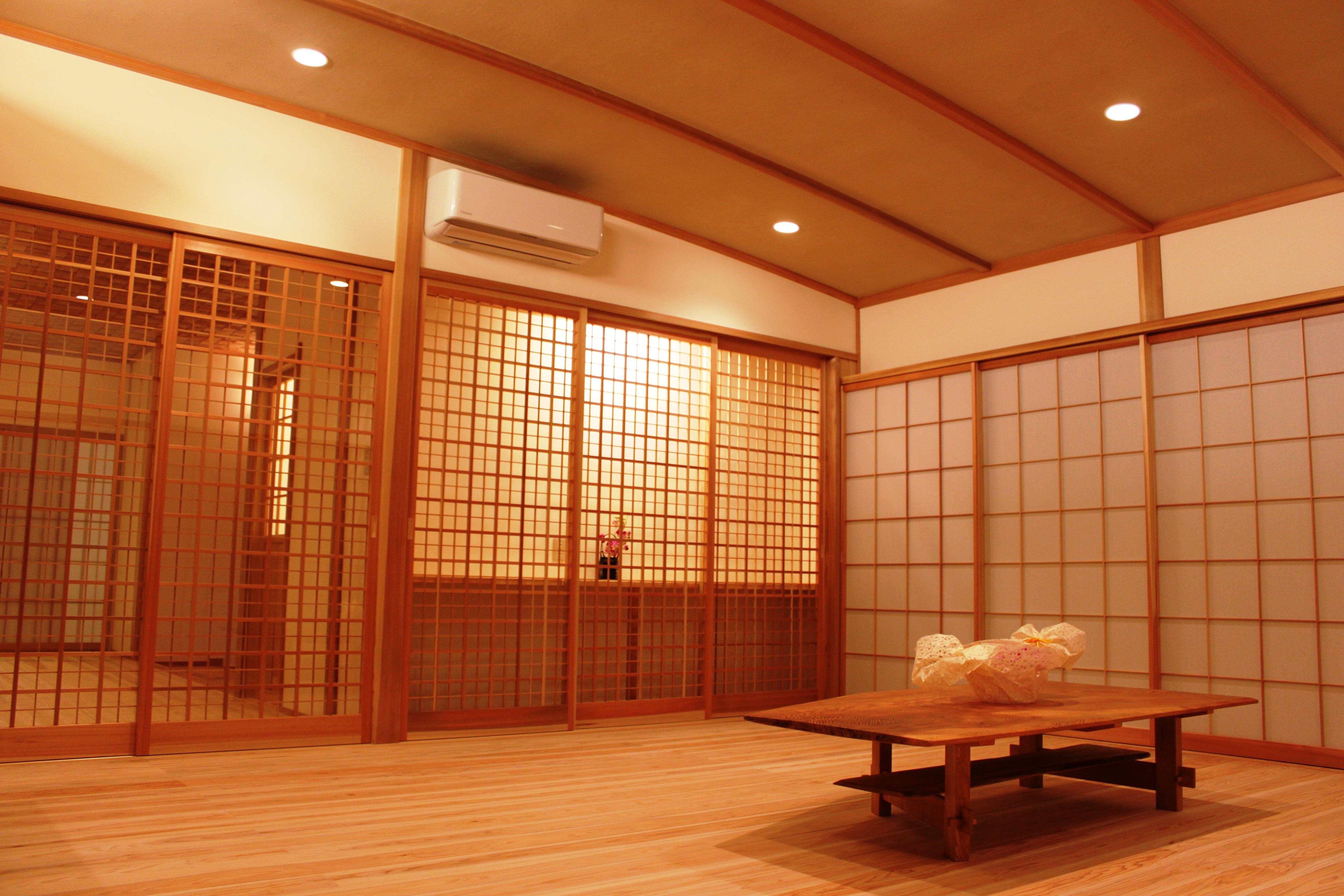 杉柾張り家具